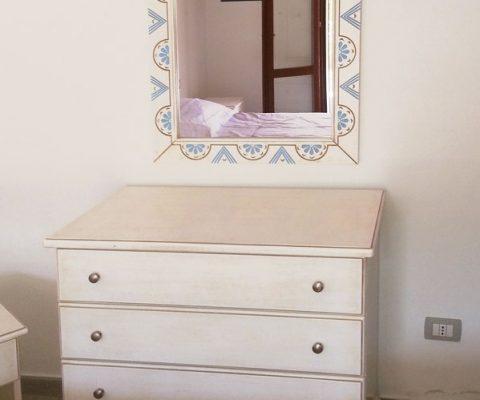 Specchio intagliato